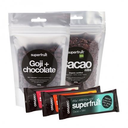 Superfruit Goji + Suklaa, Raakakaakaonibsit ja 3 x Superfruit -patukka, –