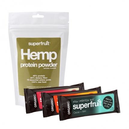 Superfruit Hamppuproteiini -jauhe ja 3 x Superfruit -patukka, –